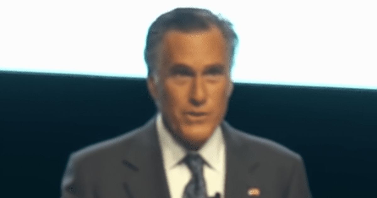 """WATCH: Romney asks Utah crowd booing him """"aren't you embarrassed?"""